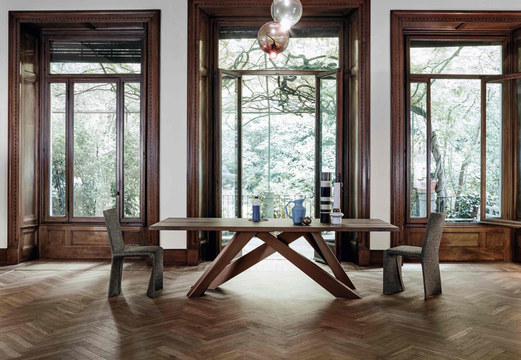 BIG TABLE | Alain Gilles
