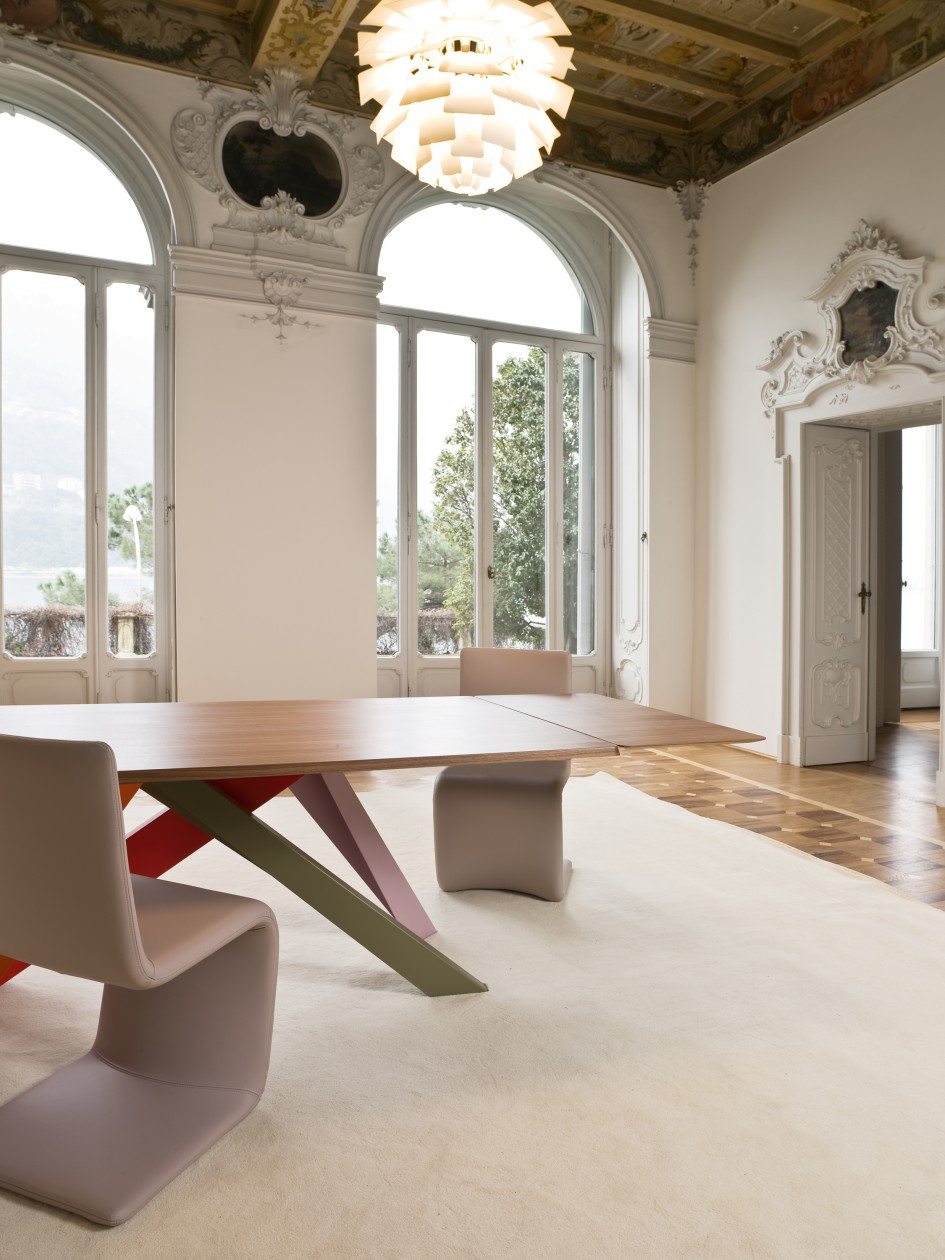 BIG TABLE | Alain Gilles